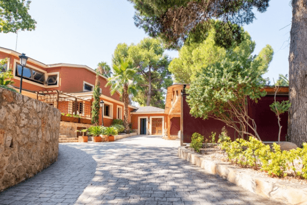 rocafort santa barbara villa